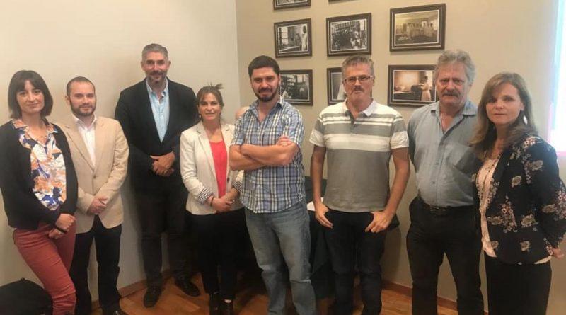 U. de Chile y Knop Laboratorios firman convenio en materia de innovación y desarrollo