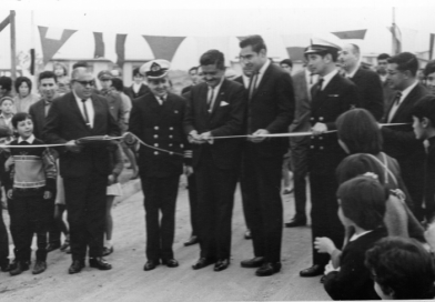 Knop Laboratorios saluda a sus vecinos en el 50 aniversario de la Población P. Lynch